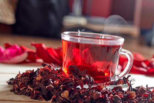 chá de beleza com hibisco