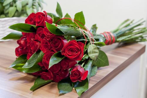 Bom dia com flores: 6 dicas para suas flores durarem mais