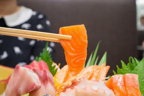 Onde pedir comida japonesa com desconto