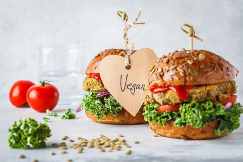 Hambúrguer vegano em Curitiba: 5 opções deliciosas com desconto Clube